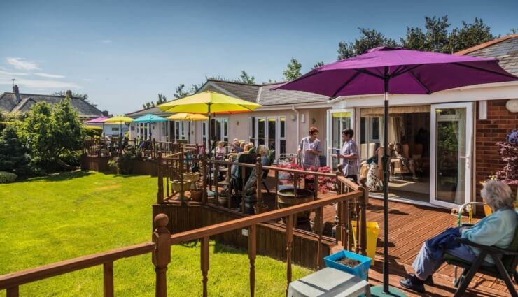 Manor Lodge Residential Care Home Featured Image