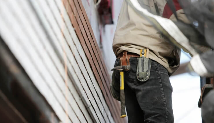 construction-worker-569149_1920_740x425_acf_cropped